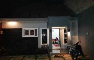 Disewakan Rumah Strategis di Pondok Gede, Bekasi PR636