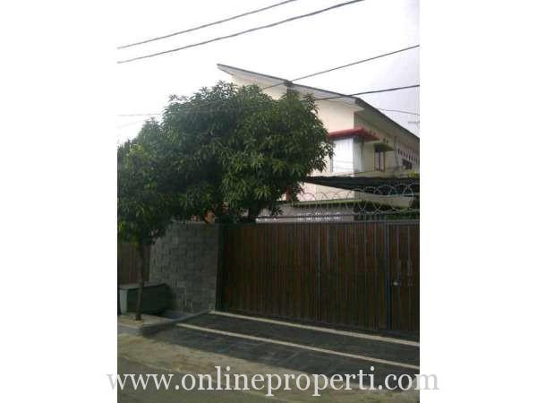 Dijual Rumah Strategis di Senayan Permata Hijau, Jakarta Selatan PR740