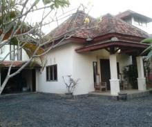Dijual Villa Lokasi Terbaik di Desa Tibubeneng, Kuta Utara, Bali AG551