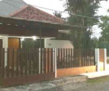 Dijual Rumah Strategis di Sunrise Garden, Jakarta Barat AG566