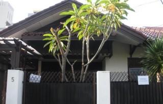 Disewakan Rumah Strategis di Mampang Prapatan, Jakarta Selatan PR789
