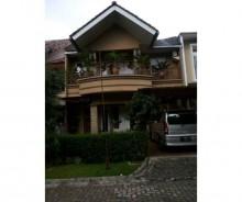 Dijual Rumah Strategis di Perumahan Bogor Lake Side AG647