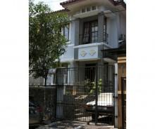 Rumah di Taman Laguna Cibubur, Jakarta Timur AG673