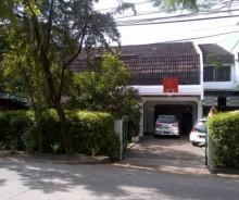 Dijual Rumah Strategis Pinggir Jalan Martanegara, Bandung PR848