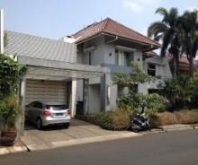 Dijual Rumah Minimalis Cantik di River Park Bintaro, Tangerang AG1092