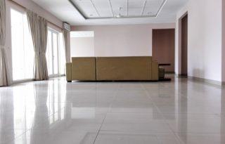 Dijual Rumah Dalam Komplek Sejuk, Nyaman, Parkir Luas PH076