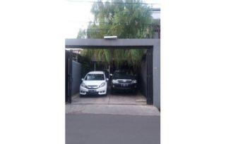Dijual Rumah Tingkat Terawat di Kebon Jeruk, Jakarta Barat PR1498