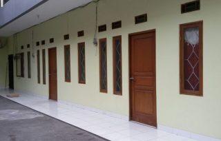 Disewakan 2 Unit Rumah Di Jalan Kayu Manis, Jakarta Timur PR1508