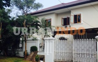 Disewa Rumah Cantik Hook di sekolah Kencana Pondok Indah AG1051