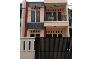 Disewakan Rumah Tingkat di Pondok Kelapa Jakarta Timur P0874