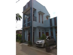 Disewa Rumah 2 Lantai Strategis di Karang Tengah, Cileduk PR1561