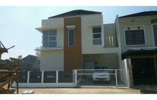 Dijual Rumah Mewah SantiNingsih TownHouse DP Suka Suka Ag1137