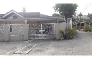 Dijual Rumah Strategis, Nyaman di Rw Lumbu Bekasi Timur AG1174