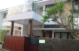 Dijual Rumah Bagus Siap Huni Lokasi Strategis di Bintaro Tangerang PR1649
