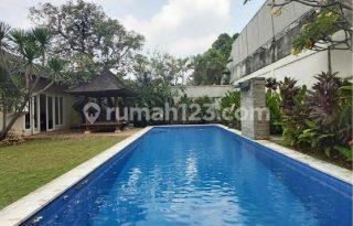 Dijual Rumah Cantik Nan Asri, Kemang, Jakarta Selatan AG1196
