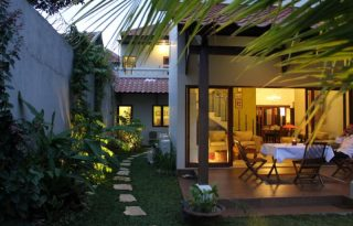 Dijual Rumah Luas Nuansa Bali di Jagakarsa, Jakarta Selatan P0354