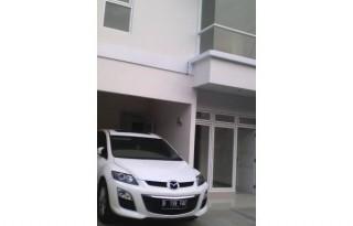 Dijual Rumah Strategis di Cirendeu Raya, Tangerang Selatan PR795