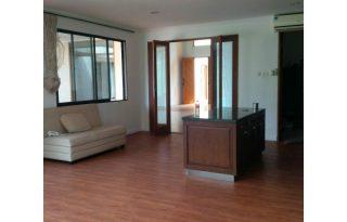 Dijual Rumah Dalam Komplek Sejuk dan Nyaman Nonfurnish PH082