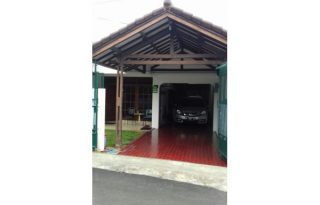Dijual / Disewa Rumah Furnished di Kebon Jeruk Jakarta Barat PR1525