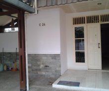 Dikontrakkan Rumah Strategis di Pesanggrahan Permai 5, Jakarta Selatan PR1654