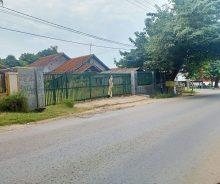 Dijual Tanah Dengan 2 Rumah Strategis di Cibatu, Purwakarta P1101